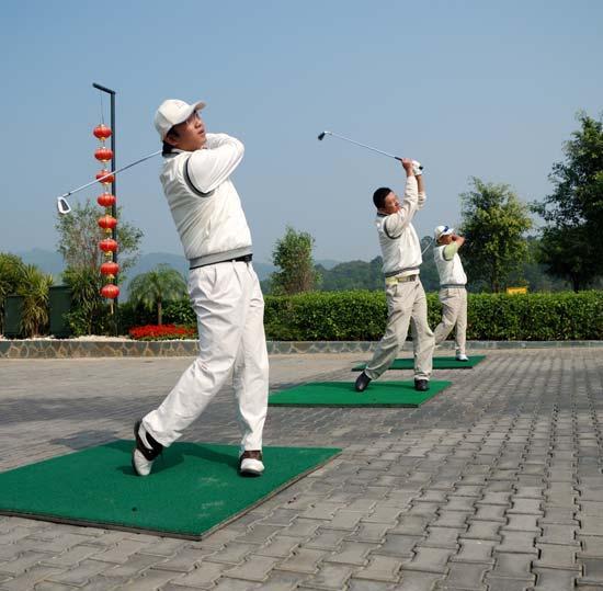 天王大师杯华南球友欢聚一堂高尔夫精英赛献大礼