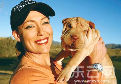 名犬见证高尔夫球员表现盘点球星与狗的故事
