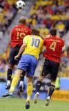 图文-[欧洲杯]瑞典VS西班牙伊布拼出一道缝隙