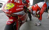 图文-MotoGP西班牙站排位赛250cc组杆位鲍蒂斯塔