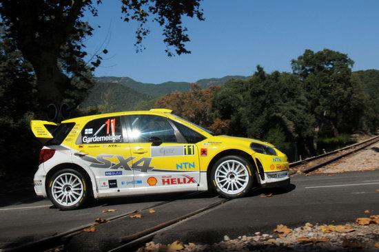 图文-WRC法国站勒布称霸嘉德迈斯特驾驶铃木