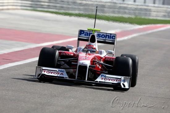 图文-F1巴林试车首日(02.10)格洛克拿下首日最快