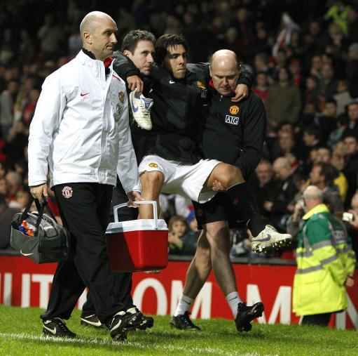 弗格森罕见批评指向曼联球迷披露特维斯受伤恐将缺阵