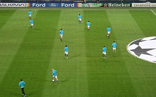 图文-[冠军杯]国米0-1利物浦国米赛前出场训练