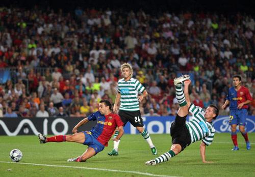 迅雷射复刻西班牙欧洲杯经典巴萨真正的核心只有一人