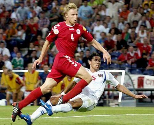 维拉队长正式宣布因伤退役丹麦铁卫曾效力AC米兰