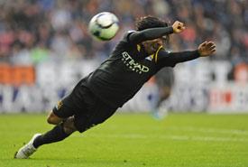 英超-特维斯助攻阿根廷国脚染红曼城客场1-1跌出四强