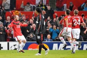 冠军杯-鲁尼再进2球朴智星破门曼联4-0米兰进8强