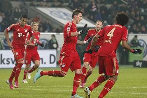 德甲-曼祖倒钩破门罗本赛季首球拜仁客场2-0狼堡