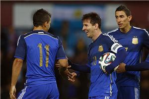 热身赛-梅西绝杀+助攻+中柱阿根廷2-1逆转胜