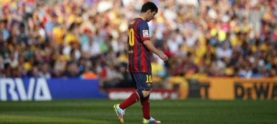 """西班牙""""机密报"""":巴萨一部分高层依然坚持认为,俱乐部必须立即将梅西卖掉。"""