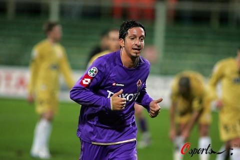 图文-[意大利杯]佛罗伦萨2-0阿斯科利想不赢都难