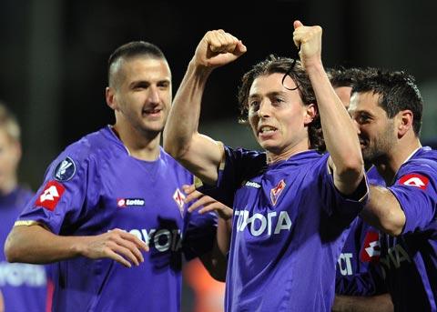 图文-[联盟杯]佛罗伦萨2-0埃弗顿蒙托利沃散发星光