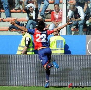 图文-[意甲]热那亚3-0都灵博列洛进球让全场沸腾