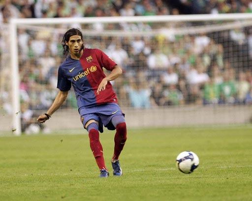 图文-[热身赛]希伯年0-6巴塞罗那五大新援他是其一