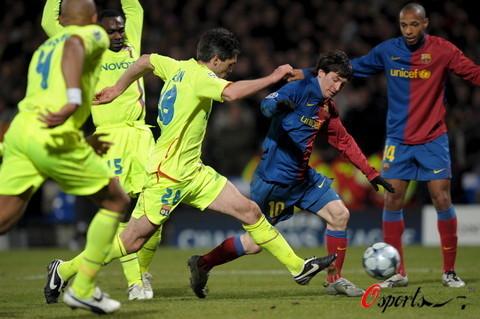 图文-[欧冠]里昂vs巴塞罗那亨利成了梅西的看客