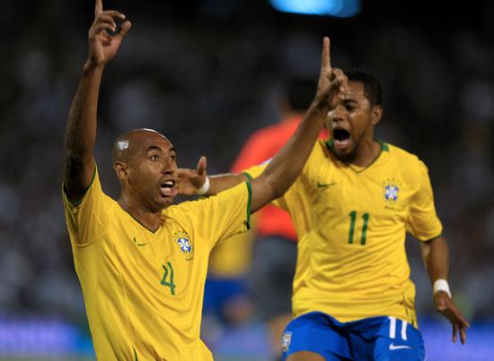 图文-[世预赛]阿根廷vs巴西 路易松感谢上苍垂青