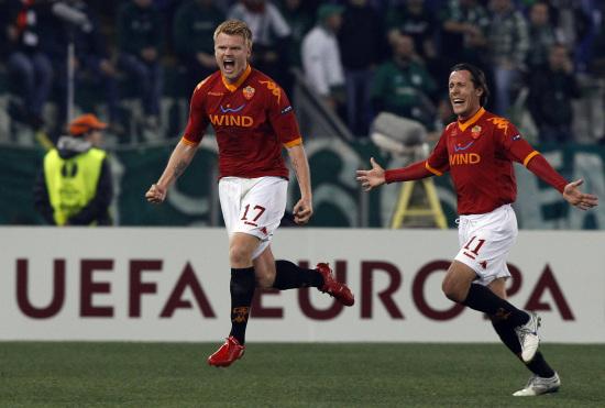 图文-[欧联杯]罗马VS帕纳辛奈科斯里瑟总是很豪放