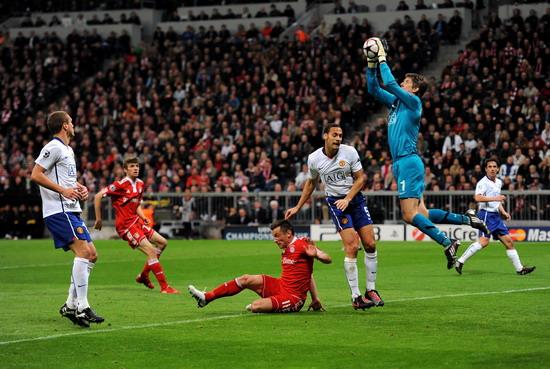 图文-[欧冠]拜仁慕尼黑2-1曼联范德萨摘得高空球
