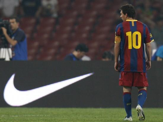 图文-[友谊赛]巴塞罗那VS北京国安梅西在比赛中