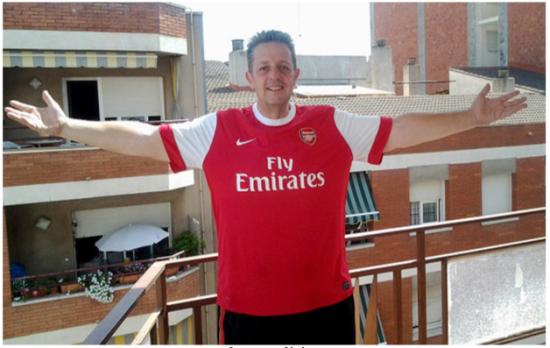 终于穿上阿森纳球衣的克里斯-韦伯