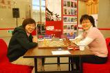 图文-智运会国象男女快棋赛两姐妹笑得多开心