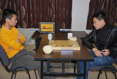 资料图:孔杰(右)朴文��多次在国内棋战相遇