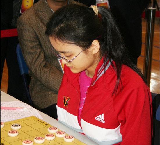 象棋个人赛女子冠军唐丹图片