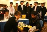 图文-智运会围棋男子个人赛第4轮市长郭金龙看比赛