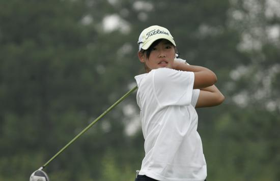 汇佳华彬赛74杆领先女子A组黄芷莹将迎年度第4冠