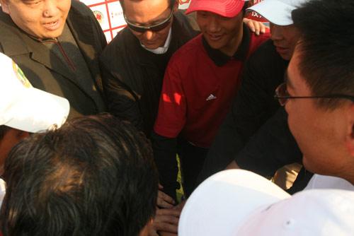 图文-中国业余公开赛颁奖仪式国家队再接再厉