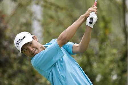 图文-昆明锦标赛第三轮叶剑峰爬上领先榜
