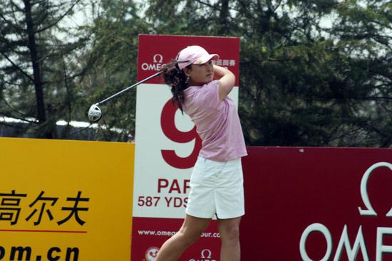 图文-上海锦标赛第三轮女将杨涛丽稳定发挥