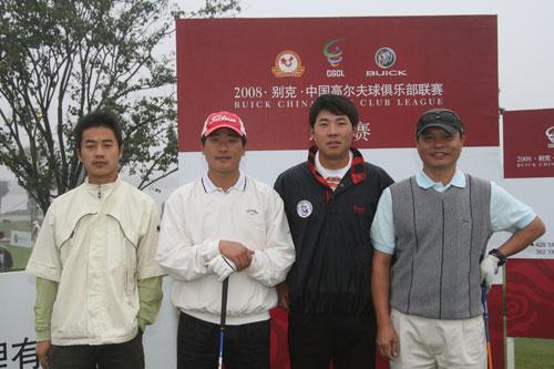 图文-俱乐部联赛总决赛首轮张新军吴理贵一组