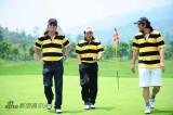享受快乐高尔夫