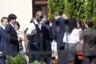 意大利队离开酒店巴神超酷装束