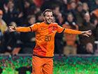 视频集锦-范德法特范佩西双剑合璧 荷兰3-0完胜