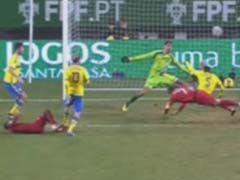 进球视频-葡萄牙久旱逢甘霖 C罗俯冲轰炸绝杀瑞典