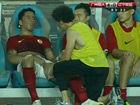 视频-巴里奥斯破门受伤  无力坐在替补席很忧伤