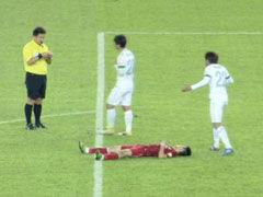 视频-速度之星!武磊反击强行超车造对手红牌