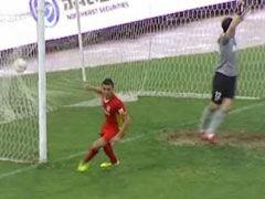 视频-于海疑似禁区手球 伊斯梅洛夫破门被吹越位