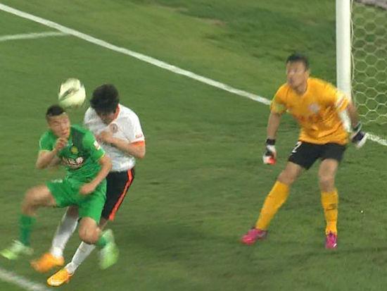 进球视频-宋博轩传中造乱 于大宝冲顶扳回一球