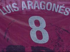 视频-西意大战缅怀阿拉贡内斯 超大横幅致敬智叟