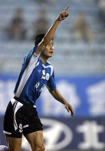 实德08赛季面纱朦胧:谁是新的郝海东夺冠OR保级