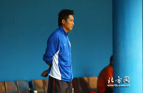 阿里汉助手抵津率队训练队长王霄有望晋升助理教练