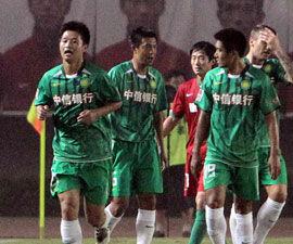 内托罚争议点球救主北京1比1平河南客场两轮不胜