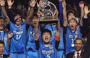 亚冠-郭泰辉首功蔚山3-0阿赫利9连胜进22球夺冠