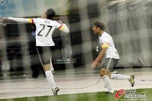 亚冠-终场前2分钟两球逆转贵州2-1取首胜升次席
