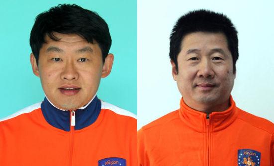 左为中能新中方教练组组长孙新波,右为新任领队藏金传