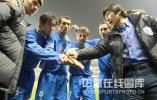 图文-[中超]上海申花4-1山东鲁能 团结就是胜利!